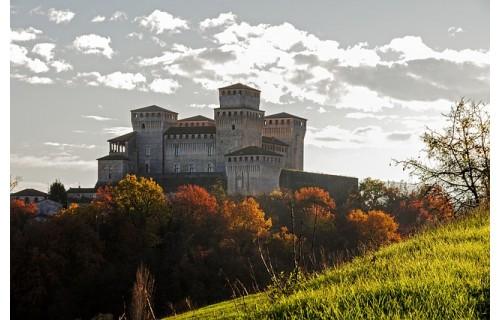 Покрытые виноградниками холмы, раскиданные по ним старинные очаровательные городки.  В Тоскану приезжают и любители искусства, и гурманы, люди, которые стремятся увидеть один из самых прекрасных уголков нашей планеты. Тур на Рош-а-Шана<p>1 859 €</p>