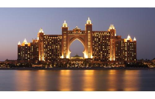 ОАЭ- считается одним из главных центров мирового туризма. Mузеи, прекрасный аквариум, огромные торговые центры с катками и лыжными трассами под крышей, старые базары, где торгуют всем, от золота до пряностей. Туры в эмираты от grandtour.co.il<p>1 995 $</p>