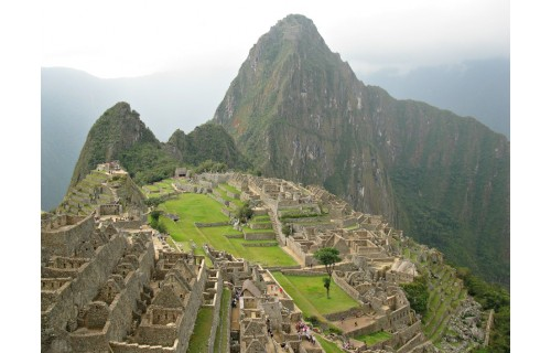 Путешествие в Южную Америку. Путешествие по  стране полной загадок -Перу. Лима, столица инков Куско, мистические линии Наска, загадки Мачу-Пикчу, джунгли Амазонки, малые галапагосские острова<p>4 689 $</p>