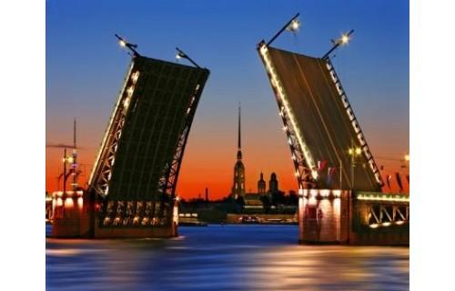 Приглашаем Вас в культурную столицу России, северную Венецию, детище Петра! Утонченный северный город, совершенные архитектурные ансамбли мировой архитектуры, город, стоящий в один ряд в Парижем, Римом, Венецией… Ваше сердце не сможет остаться равнодушным<p>1 469 $</p>