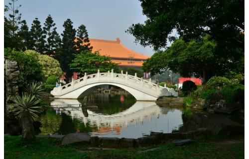 Для тех, кто ищет новые направления Гранд Тур представляет новый тур: путешествие на «Прекрасный Остров»- Тайвань.  Это тоже Китай но, по инфраструктуре, уровню жизни – там очень комфортно.<p>2 985 $</p>